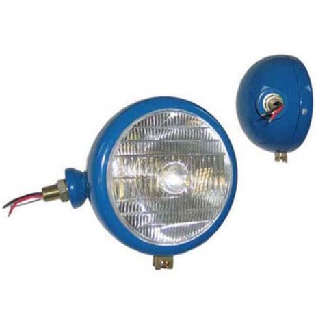L/H LAMP BLUE LENS WITH TRACTOR LOGO  PART NO: 51504